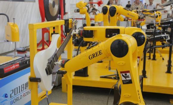 中国机器人:从无到有,从弱到强