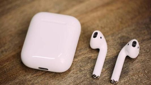 TWS蓝牙耳机竞争白热化 低延时高保真成为趋势|智能音箱走过青春期