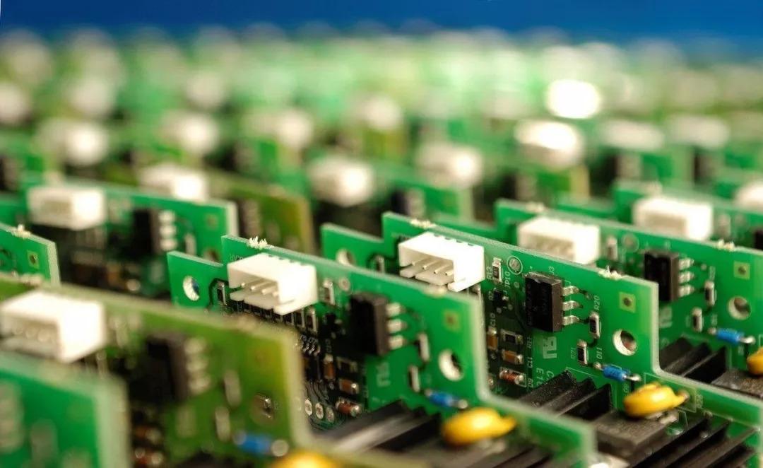 前三季度规模以上电子信息制造业增加值同比增8.9%