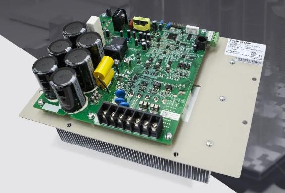 四方新品发布:FS100系列涡旋机专用驱动器