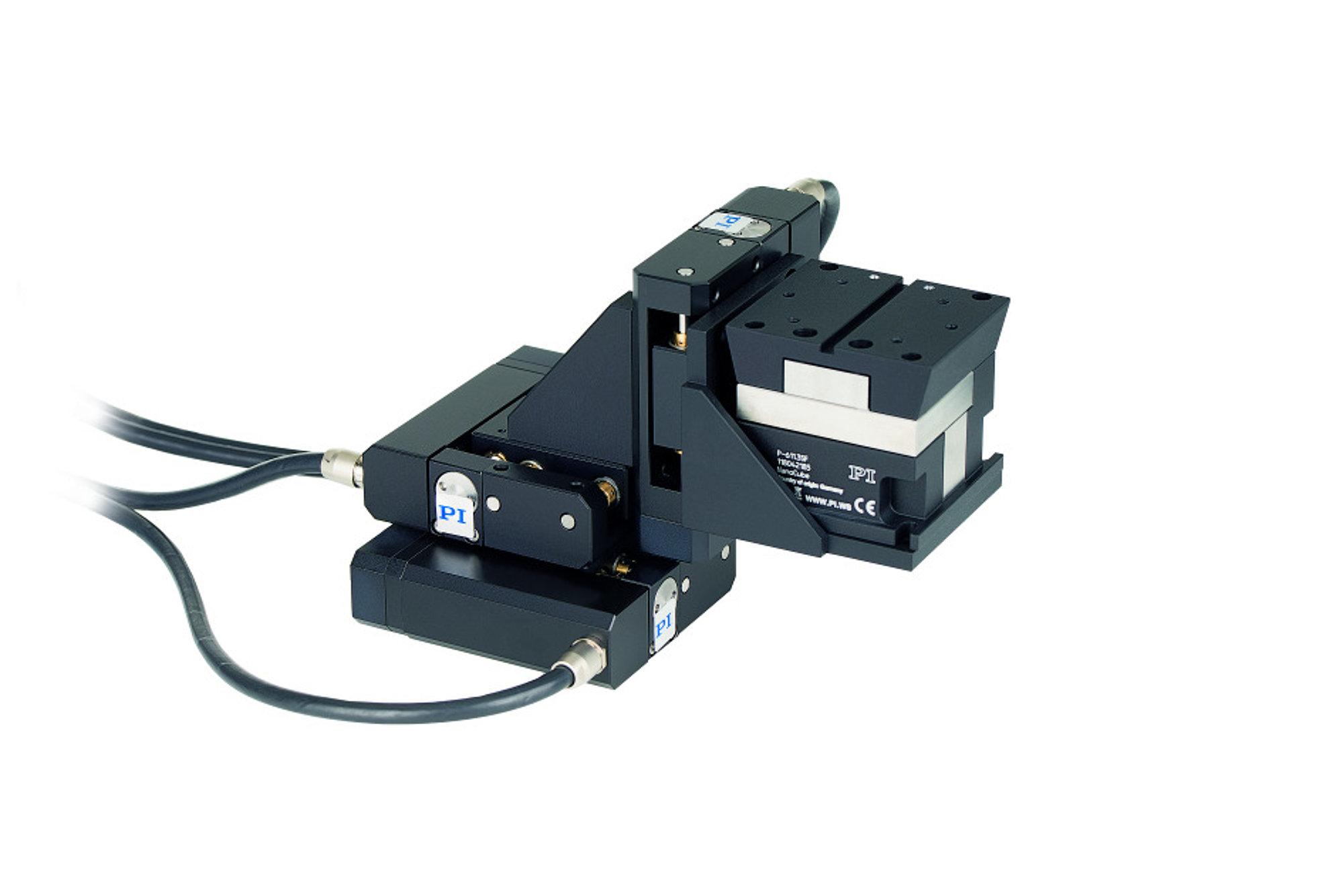 F-131 强大的光纤对准系统