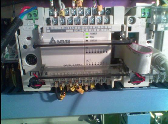 台达DVP-20PM00D运动控制器在轧辊机上面的应用