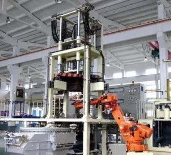 压铸行业为什么要投入工业机器人?