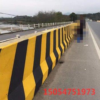 公路隔离栏反光涂料 长春高速护栏桥墩桥梁反光漆