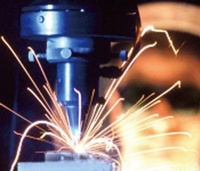 CRT激光焊接控制系统的两个主要特点