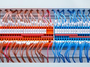 【技术大咖测试笔记系列】之三:怎样选择合适的台式电源?