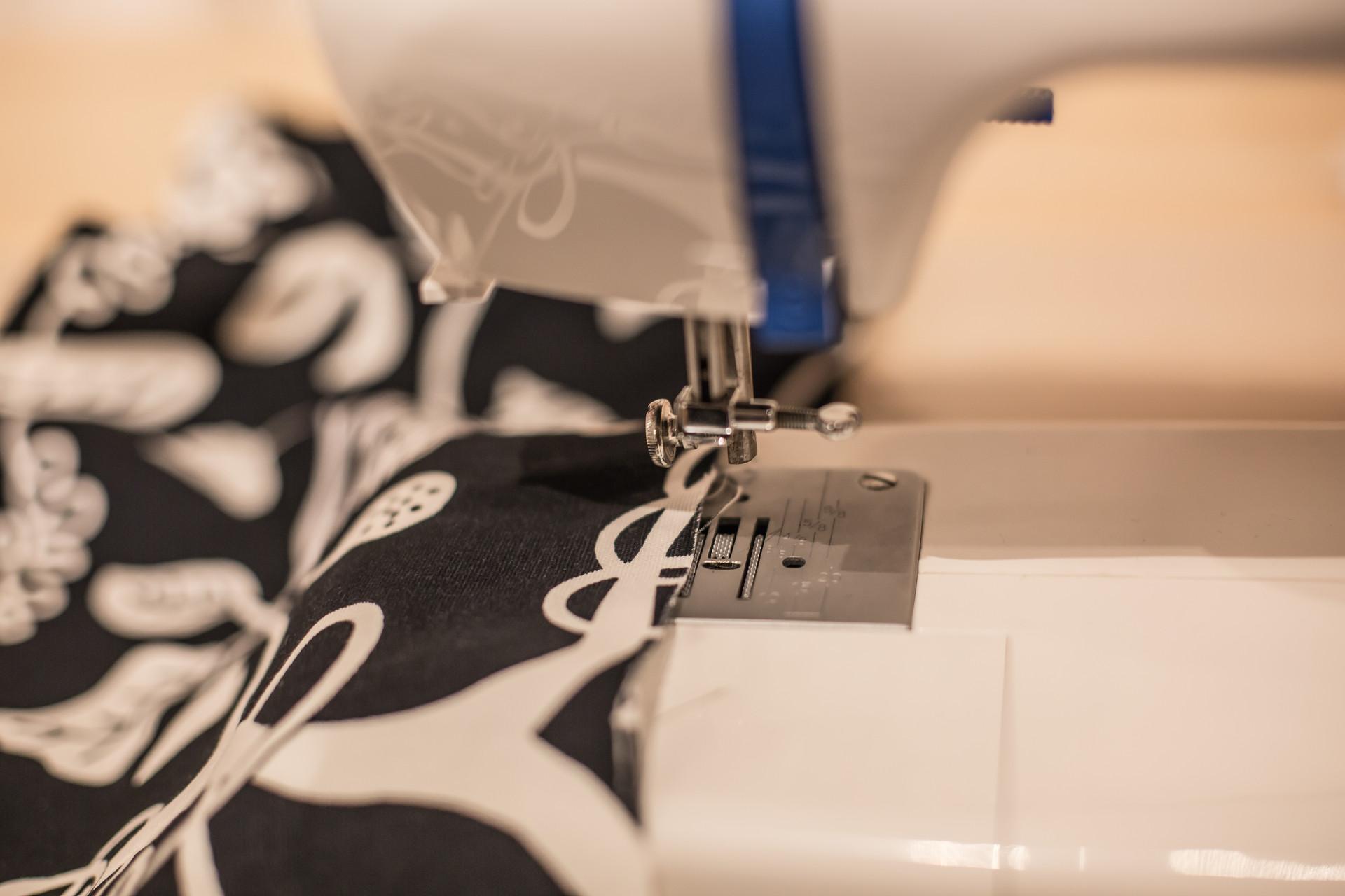 智能纤维研究获新进展 衣服可变色太阳能电池织布